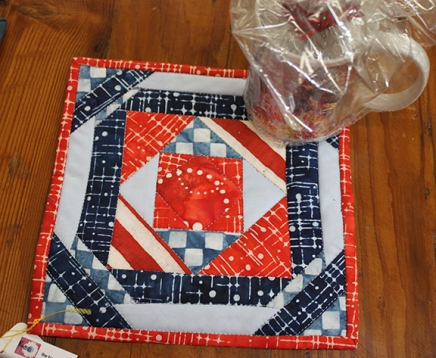 Margie's red & blue mug rug