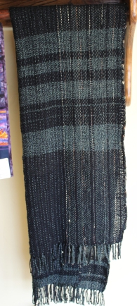 Say woven scarf