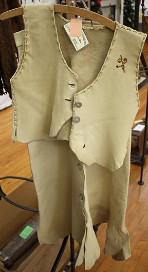 wade leather vest and pants
