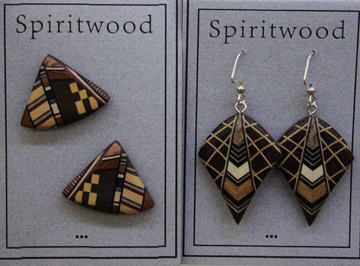 wood-earrings